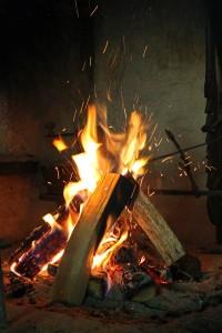 wood-fire-402202_1280